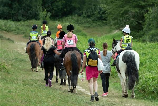 Weald Park Children and Novice Ride